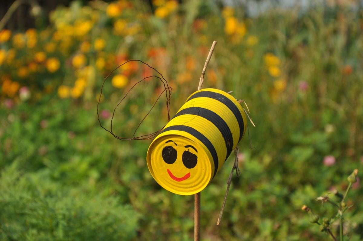 Mit und von den bienen lernen mellifera e v - Blechdosen basteln ...