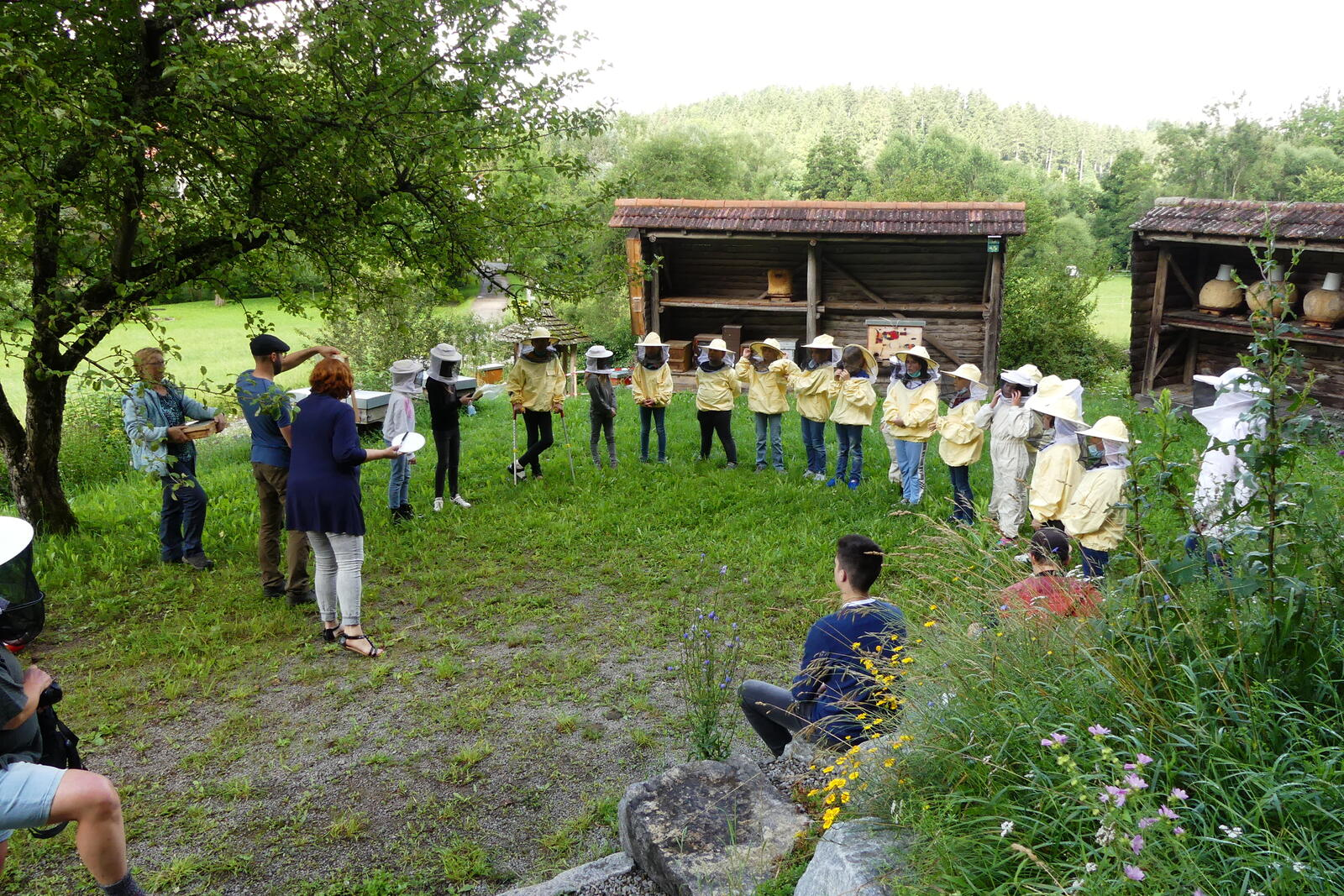 Verzauberte Kinder und glückliche Bienenpädagog*innen